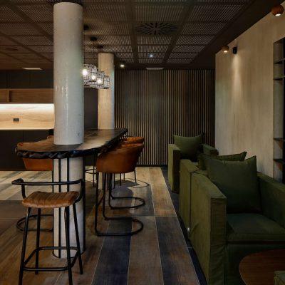 numa_hotel_lobby