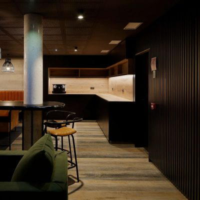 numa_hotel_lobby1